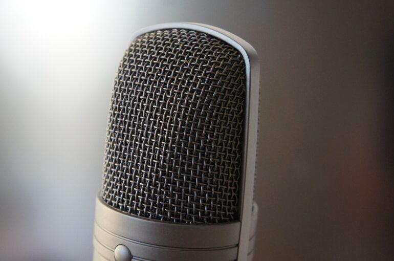 fare un podcast